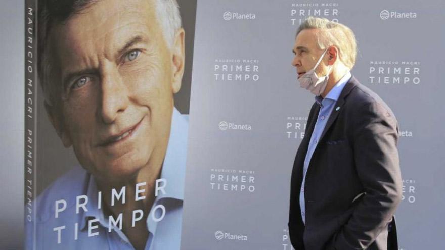 Miguel Ángel Pichetto, ex candidato a vice de Macri, presente en el lanzamiento del libro.