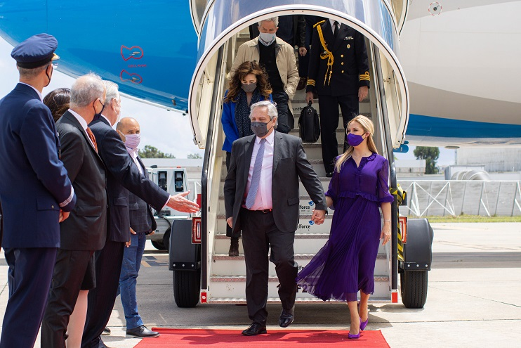 La llegada del Presidente a Portugal en el inicio de su gira oficial