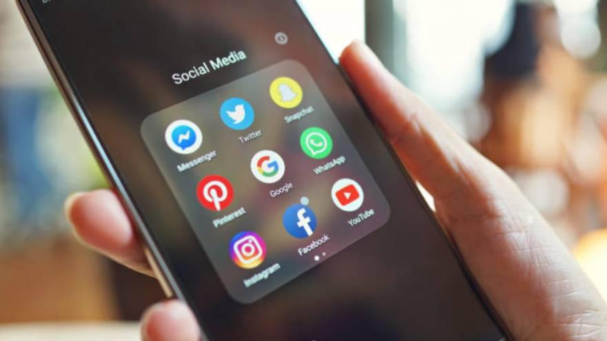 El FOMO provoca que las personas actualicen permanente sus redes sociales en búsqueda de algo nuevo