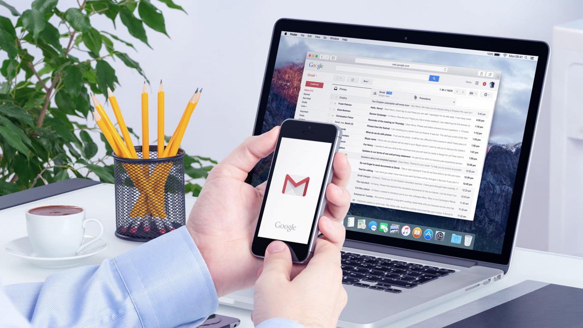 Trabajo online: un asistente virtual puede, por ejemplo, responder los correos electrónicos de su jefe