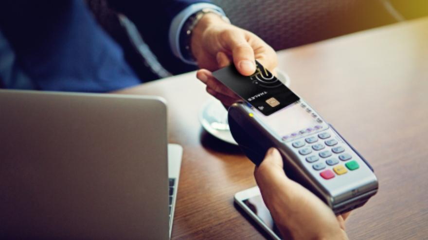 El pago sin contacto protege a las tarjetas de posibles daños físicos.