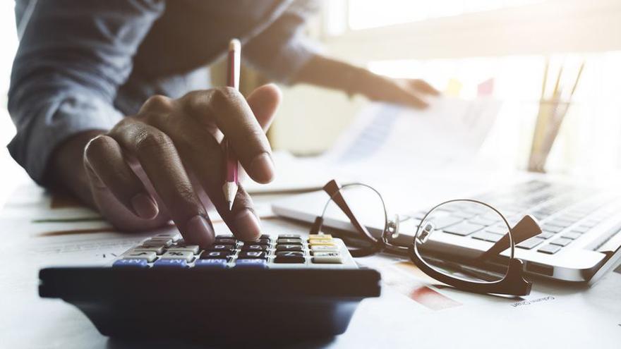 Paso a paso: cómo pedir la devolución del impuesto del 35% en la compra de dólar ahorro