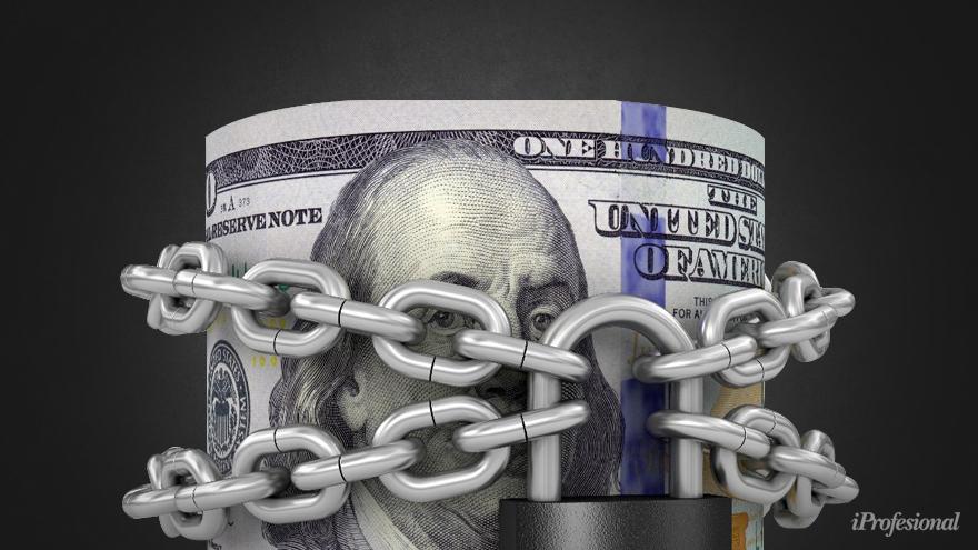 El economista anticipa que vendrán nuevas limitaciones al dólar.