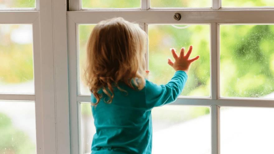 Los padres divorciados o separados pueden llevar a sus hijos a la casa del otro progenitor en medio de la cuarentena