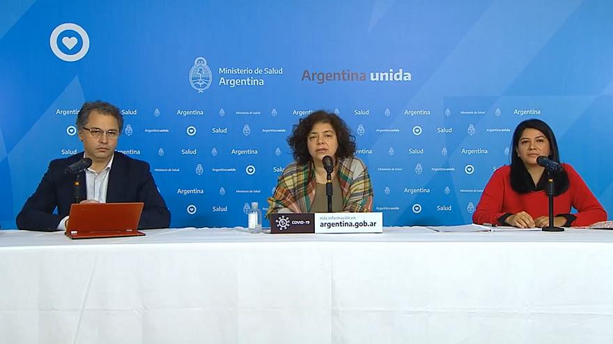 Las autoridades del Ministerio de Salud emiten diariamente un reporte acerca del nuevo coronavirus en Argentina