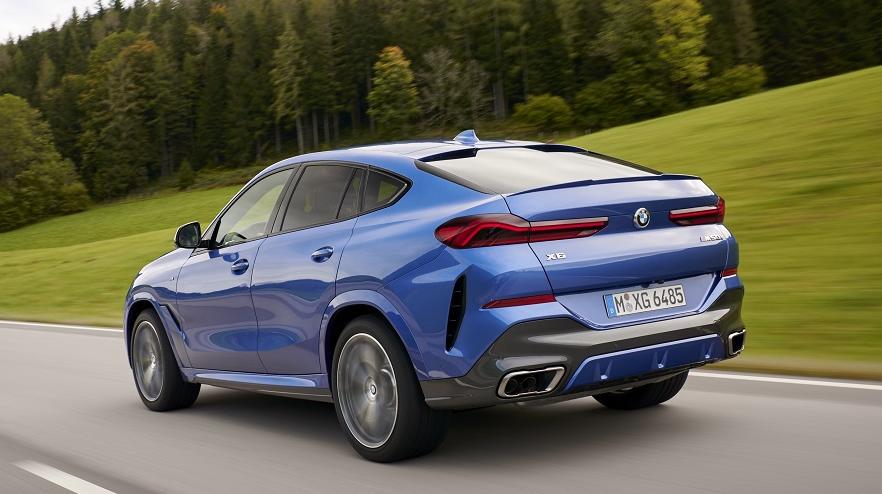 BMW X6, con nuevo diseño posterior.