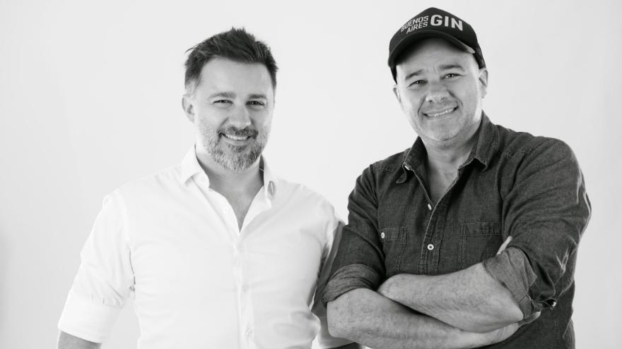 Los hermanos Moretti Por curiosidad crearon un gin nacional que hoy comercializan en diferentes formatos y proyectan seguir creciendo