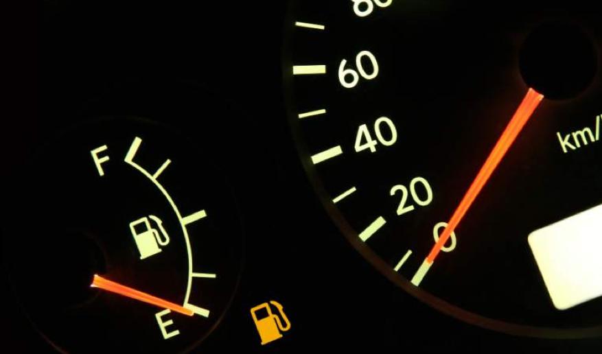 El aumento de nafta hace pensar en convertir el auto a GNC.