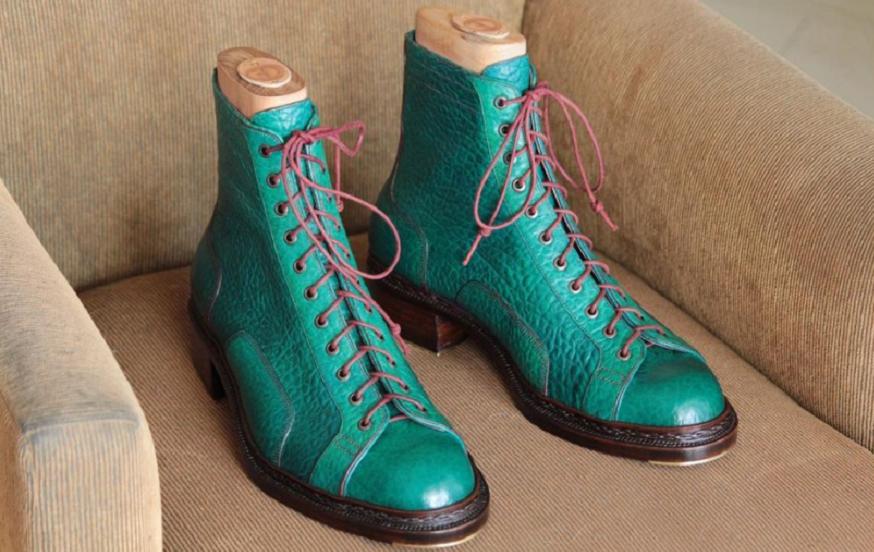 Zapatos a medida, de diseño único.