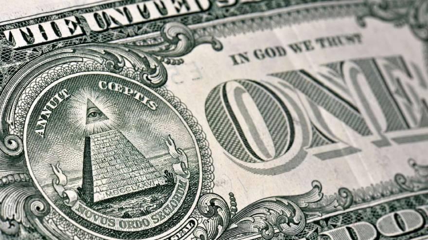 Al haber más demanda de dólares, la cotización del blue tiende a subir.